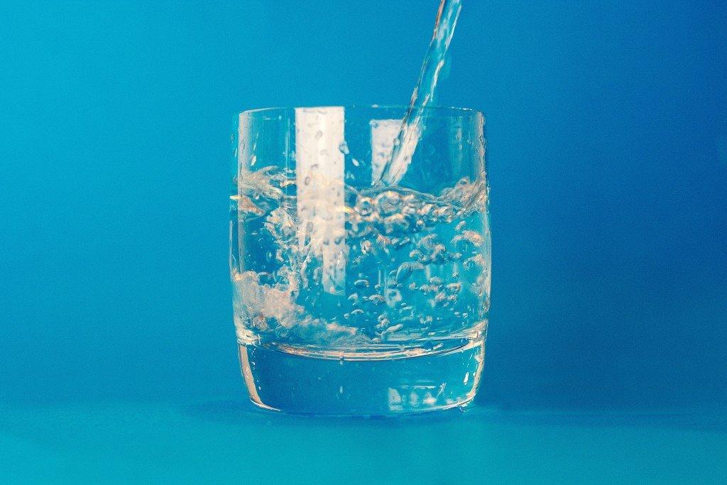 quanta acqua dobbiamo bere