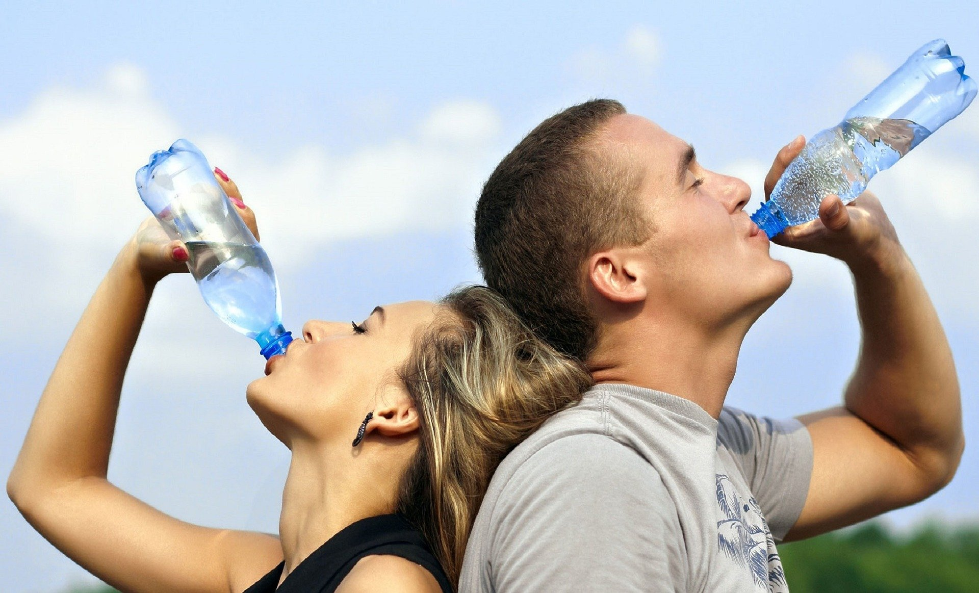 quanta acqua bere durante una gara